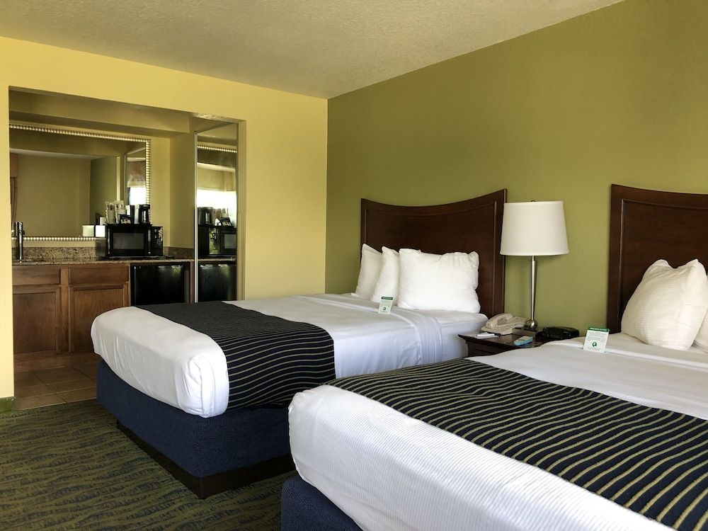 Room, Best Western Cocoa Beach Hotel & Suites