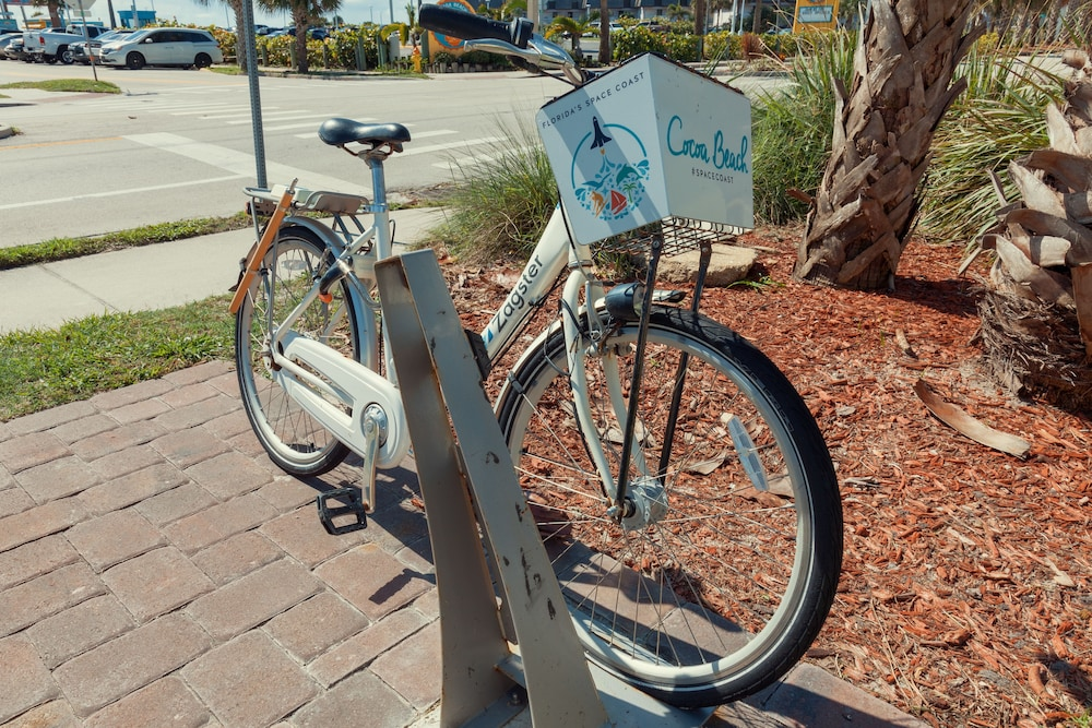 Bicycling, Best Western Cocoa Beach Hotel & Suites