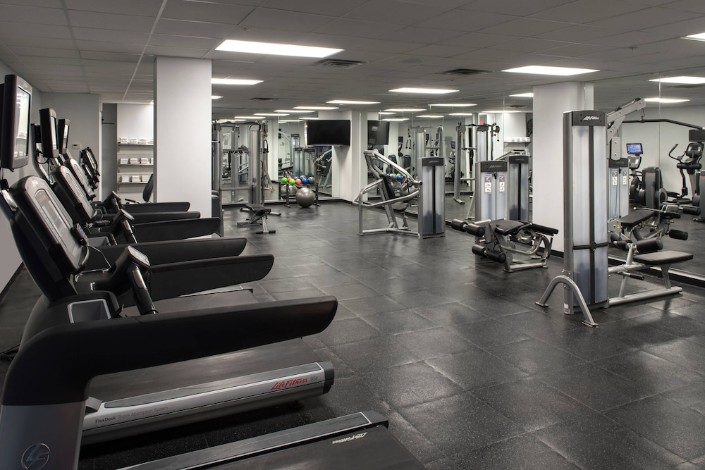 Gym, Delta Hotels by Marriott Utica