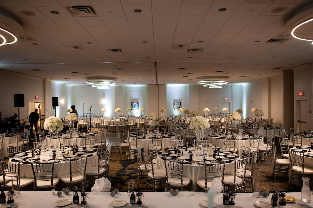 Ballroom, Delta Hotels by Marriott Utica