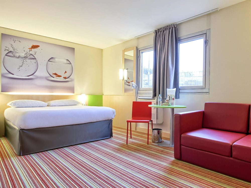 ibis styles paris roissy cdg roissy en france fra expedia. Black Bedroom Furniture Sets. Home Design Ideas