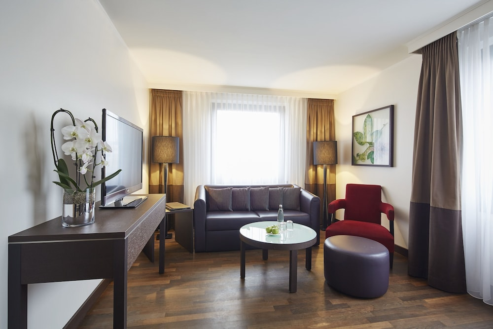 Living Area, Steigenberger Hotel Berlin