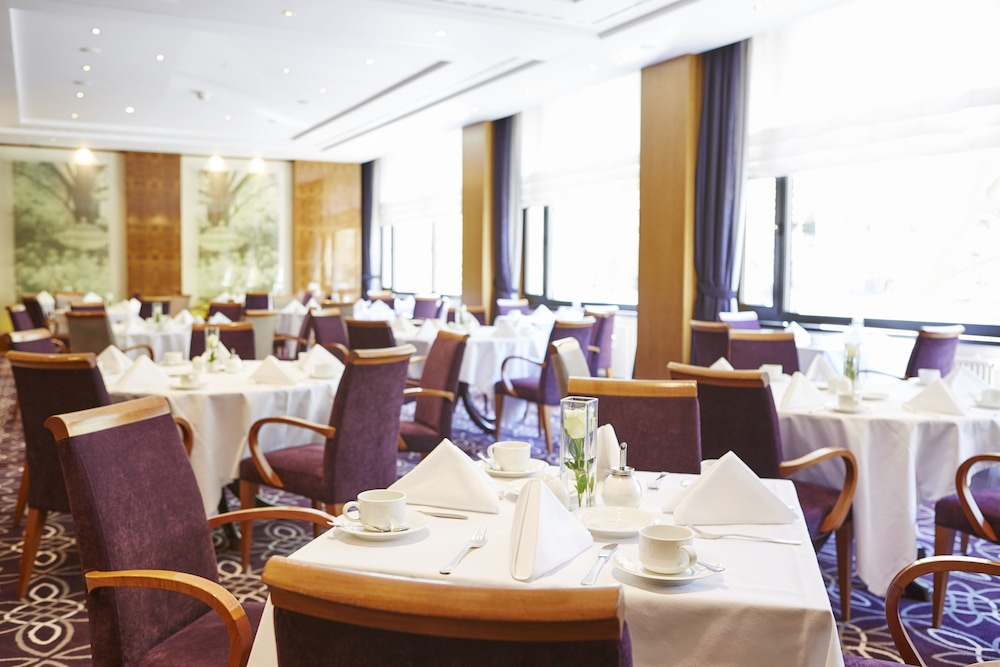 Breakfast Area, Steigenberger Hotel Berlin