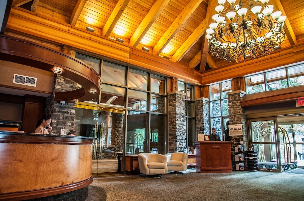 Delta Hotels by Marriott Banff Royal Canadian Lodge: 2019 ...
