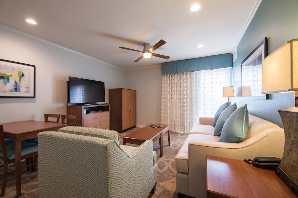 Living Area, Winners Circle Resort, a VRI resort