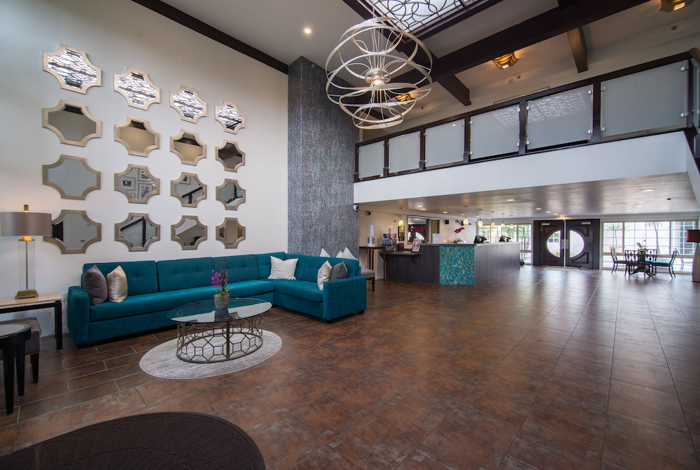 Lobby, Winners Circle Resort, a VRI resort