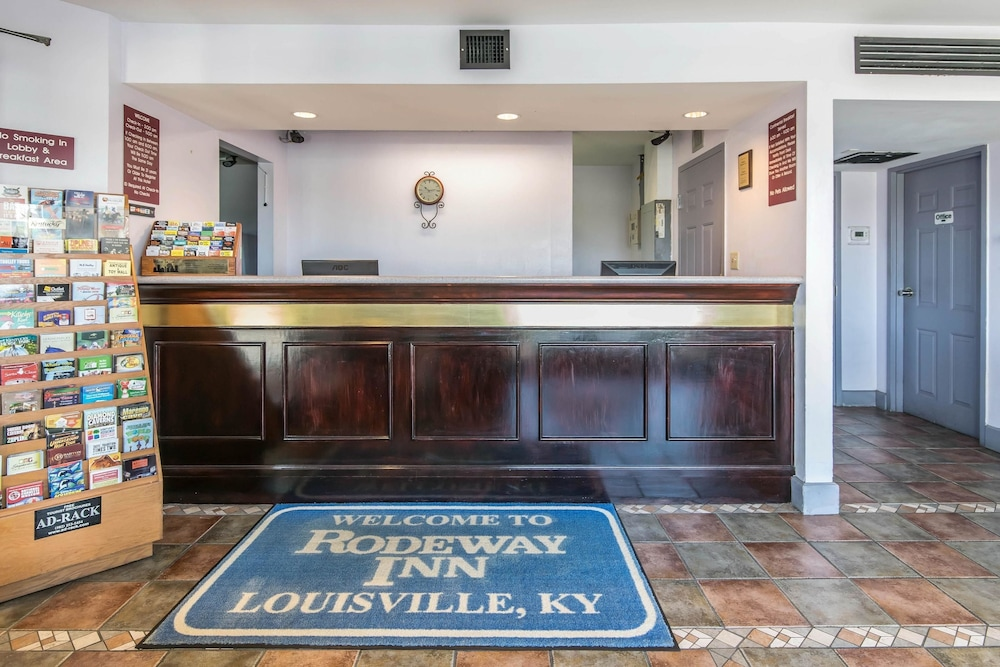 Rodeway Inn Louisville In Louisville Hotel Rates Reviews On Orbitz