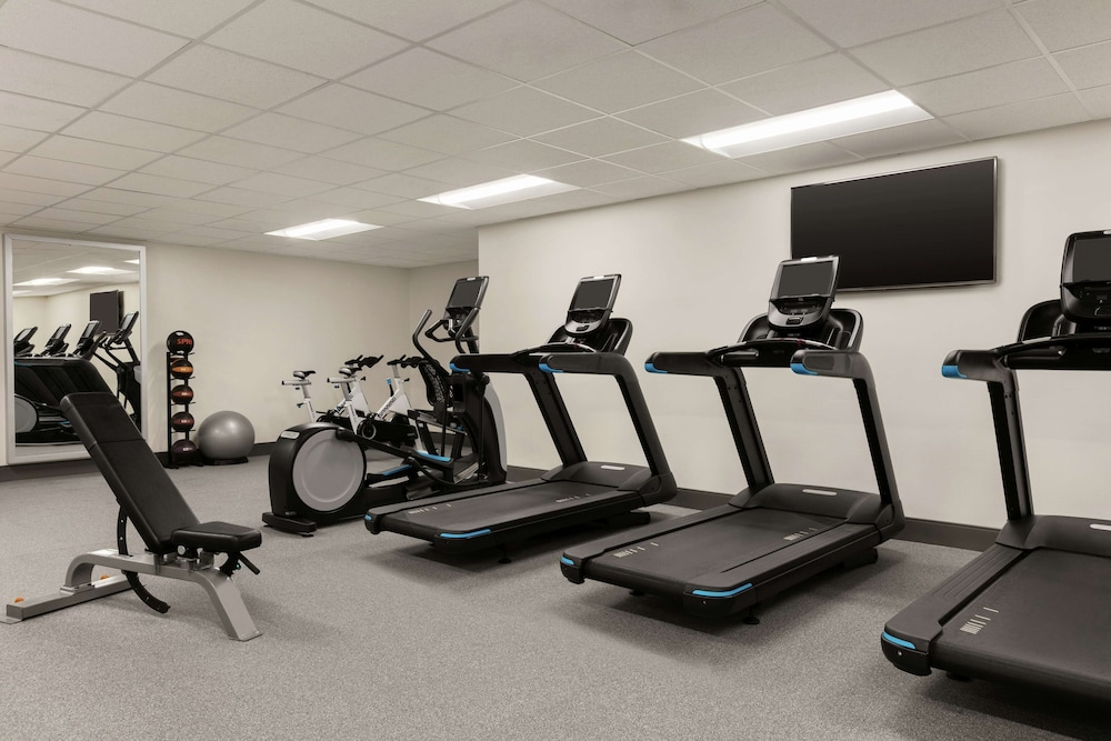 Fitness Facility, DoubleTree by Hilton New Orleans
