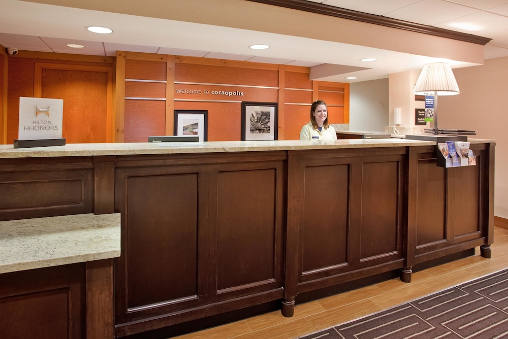 hampton inn pittsburgh airport 2019 room prices 105. Black Bedroom Furniture Sets. Home Design Ideas