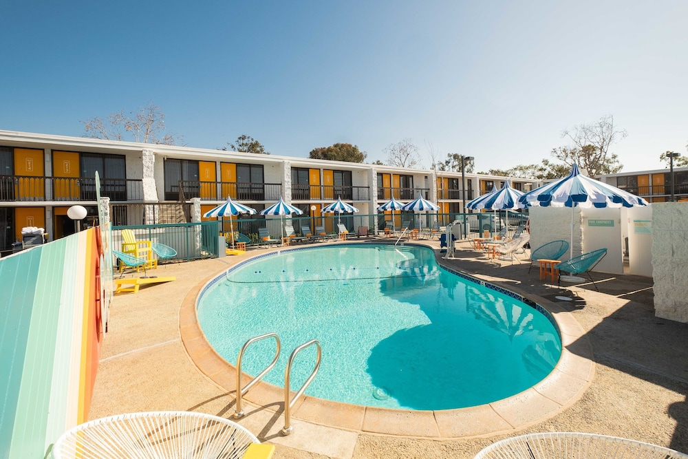 Pool, The Rambler Motel