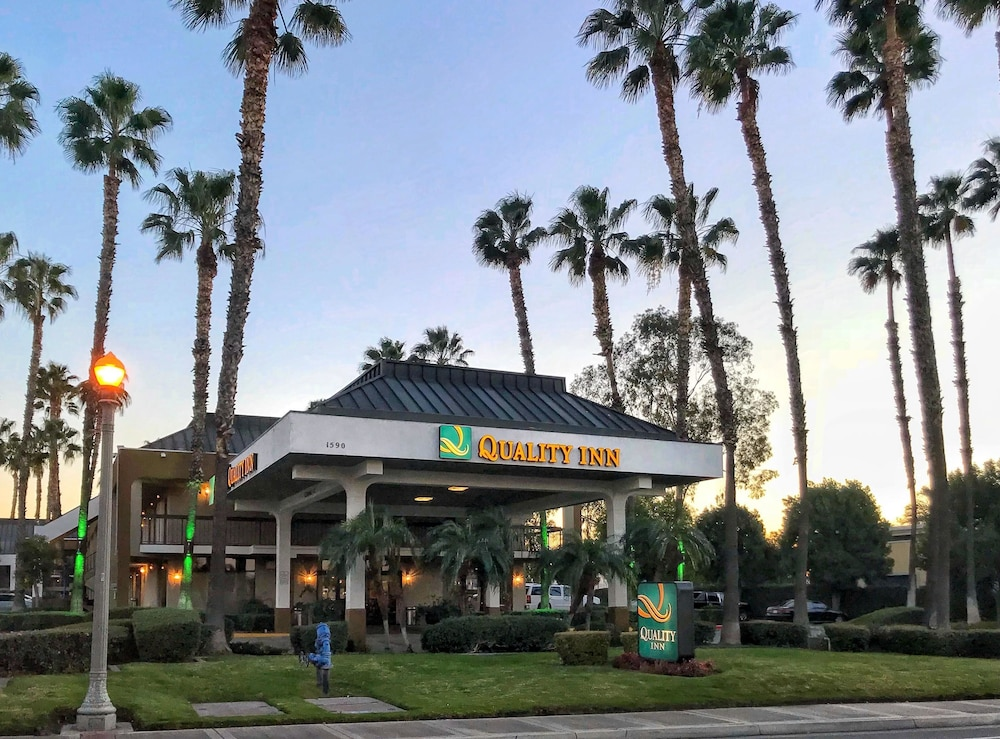 Quality inn riverside near ucr and downtown 2018 room prices from meeting facility featured image solutioingenieria Choice Image