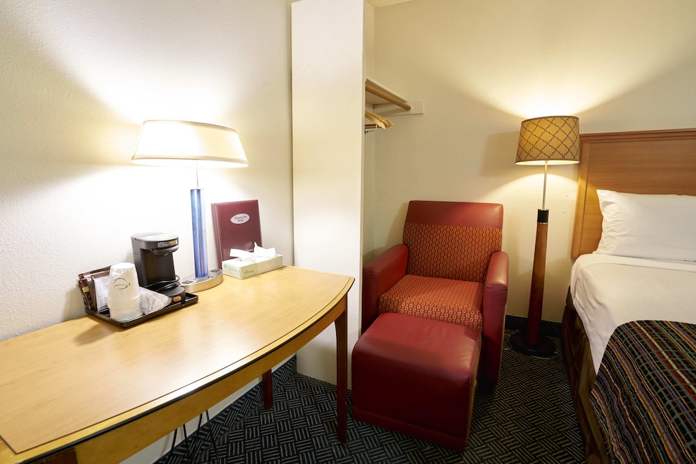 Room, Skyway Inn SeaTac