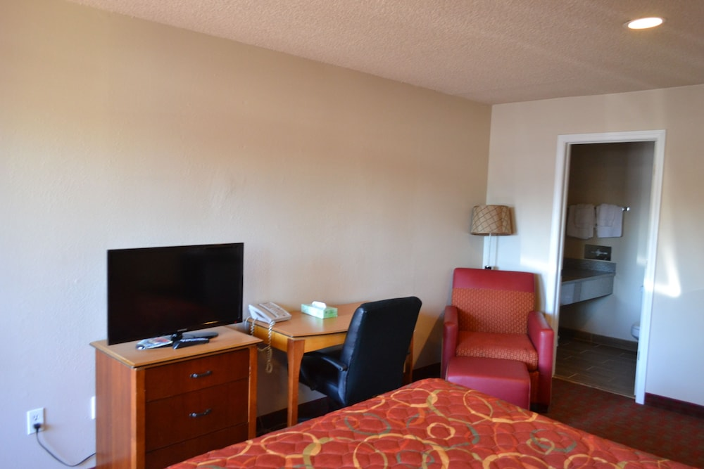 In-Room Business Center, Skyway Inn SeaTac