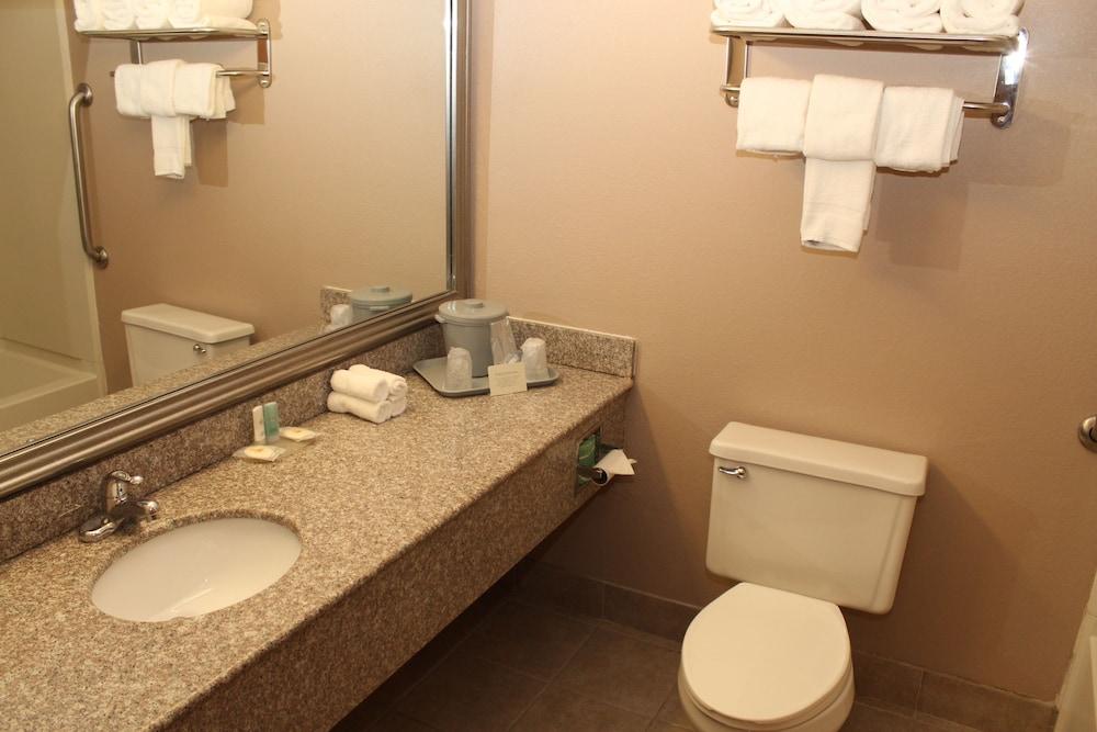 Quality Inn In Lockport