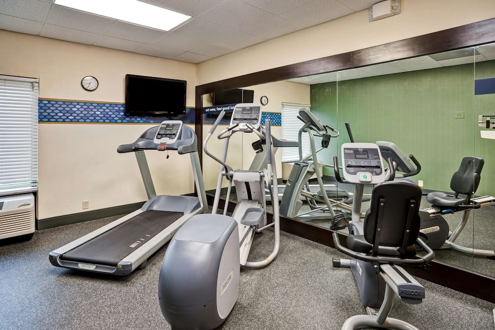 Fitness Facility, Hampton Inn Knoxville - Airport