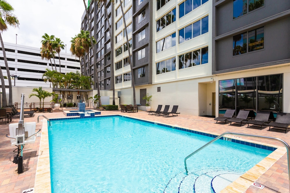 Pool, Holiday Inn Tampa Westshore - Airport Area