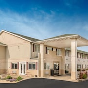 Days Inn by Wyndham Osage Beach Lake of the Ozarks