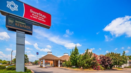 SureStay Plus Hotel by Best Western Fayetteville
