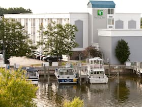 Holiday Inn Grand Haven-Spring Lake, an IHG Hotel