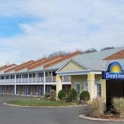 Days Inn by Wyndham KU Lawrence