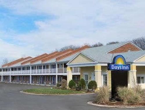 Great Place to stay Days Inn by Wyndham KU Lawrence near Lawrence