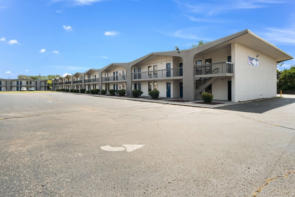 Featured Image, Motel 6 Lexington, KY - Airport