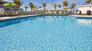 Outdoor pool, open 6 AM to 7:30 PM, sun loungers