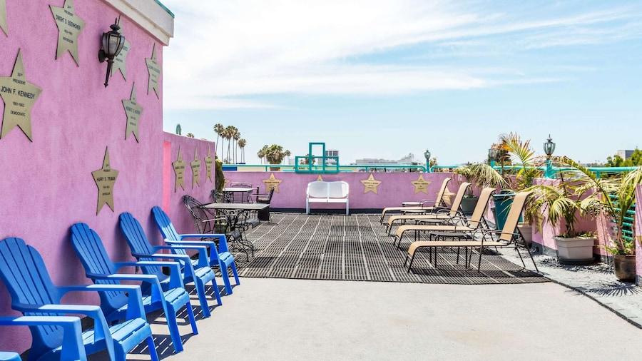 Days Inn by Wyndham Santa Monica/Los Angeles