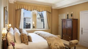 Egyptian cotton sheets, premium bedding, down duvets, in-room safe