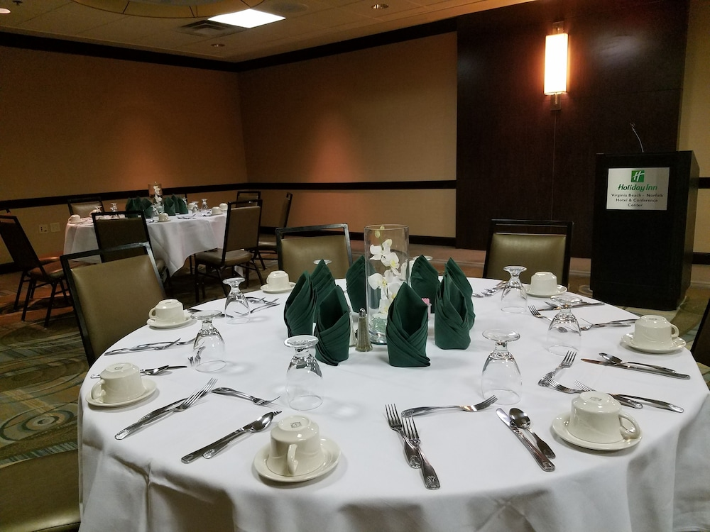 Holiday Inn Virginia Beach Norfolk Hotel Amp Conference