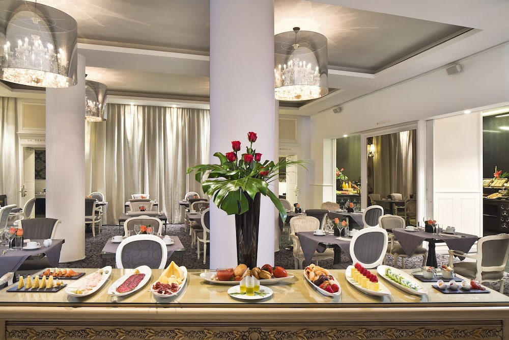 Food and Drink, Hotel Colón Gran Meliá - The Leading Hotels of the World