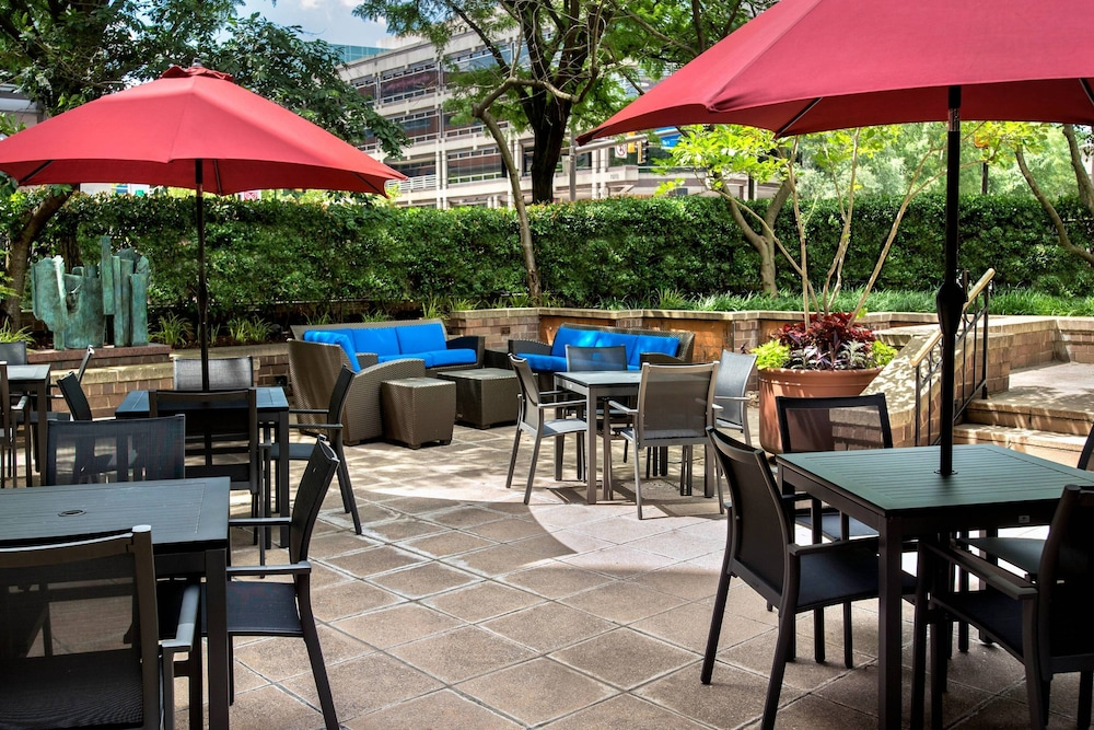 BBQ/Picnic Area, Residence Inn by Marriott Bethesda Downtown