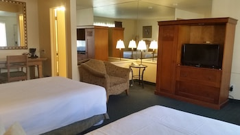 Superior Room, 2 Double Beds - Guestroom