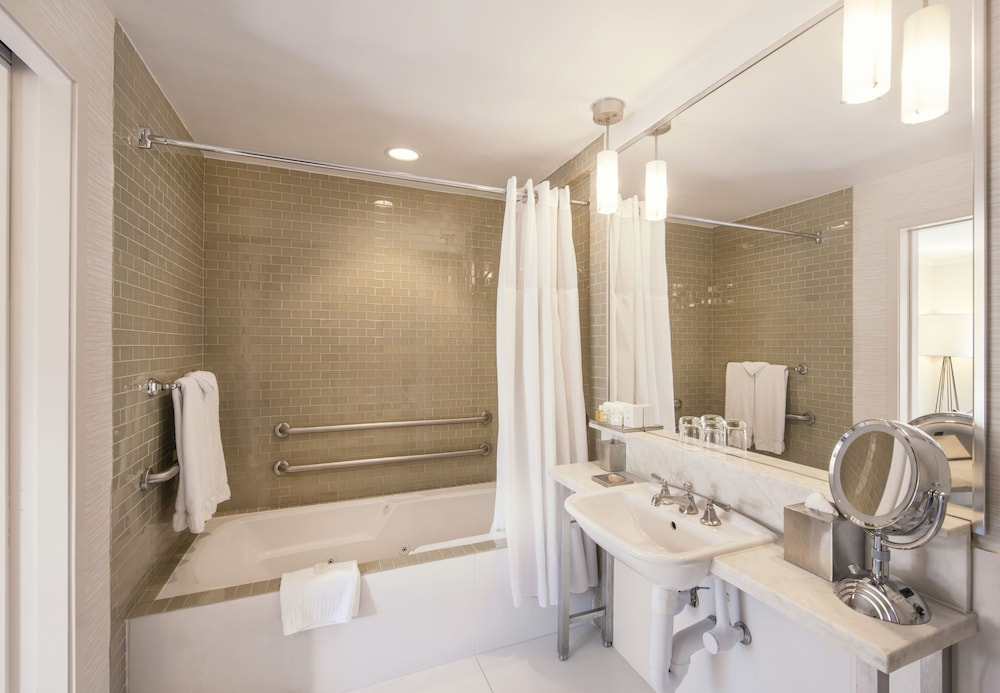 Bathroom, Iberostar 70 Park Avenue