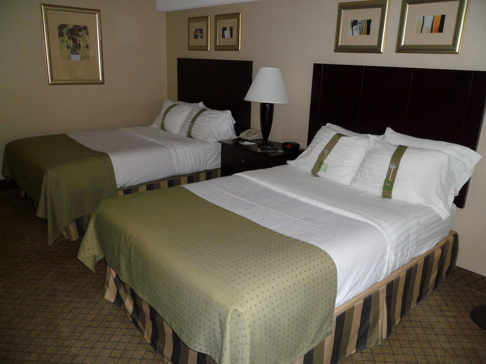 holiday inn johnstown downtown in johnstown hotel rates. Black Bedroom Furniture Sets. Home Design Ideas