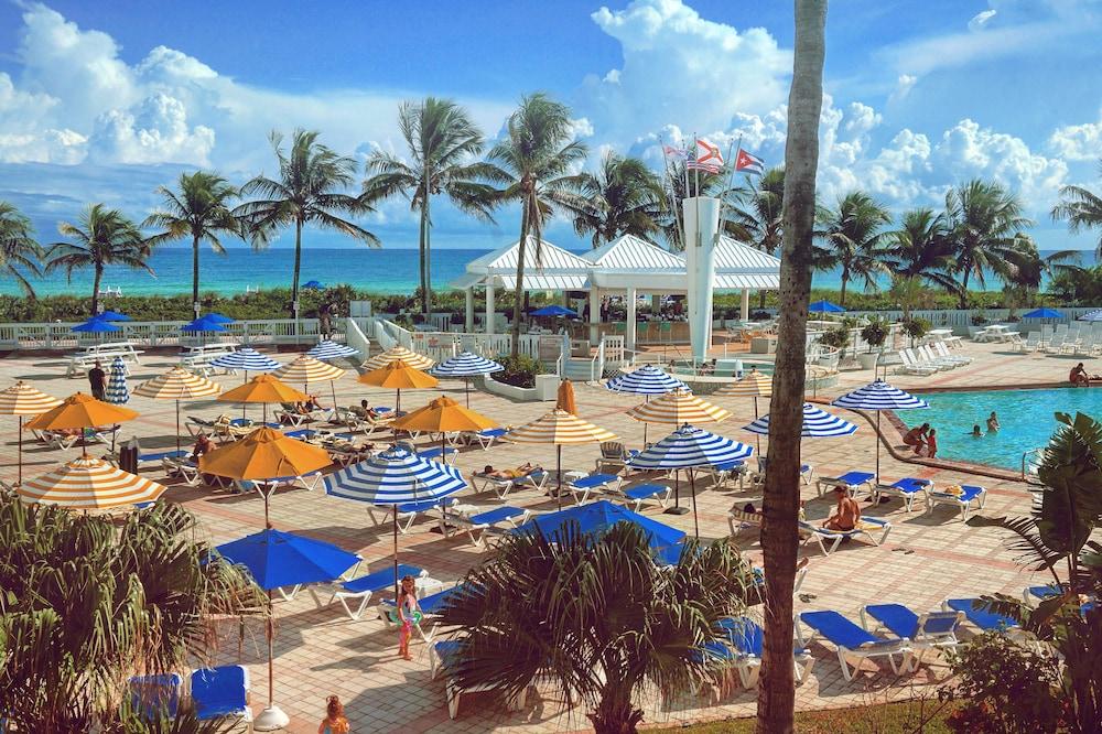 Byron Carlyle Miami Beach Fl