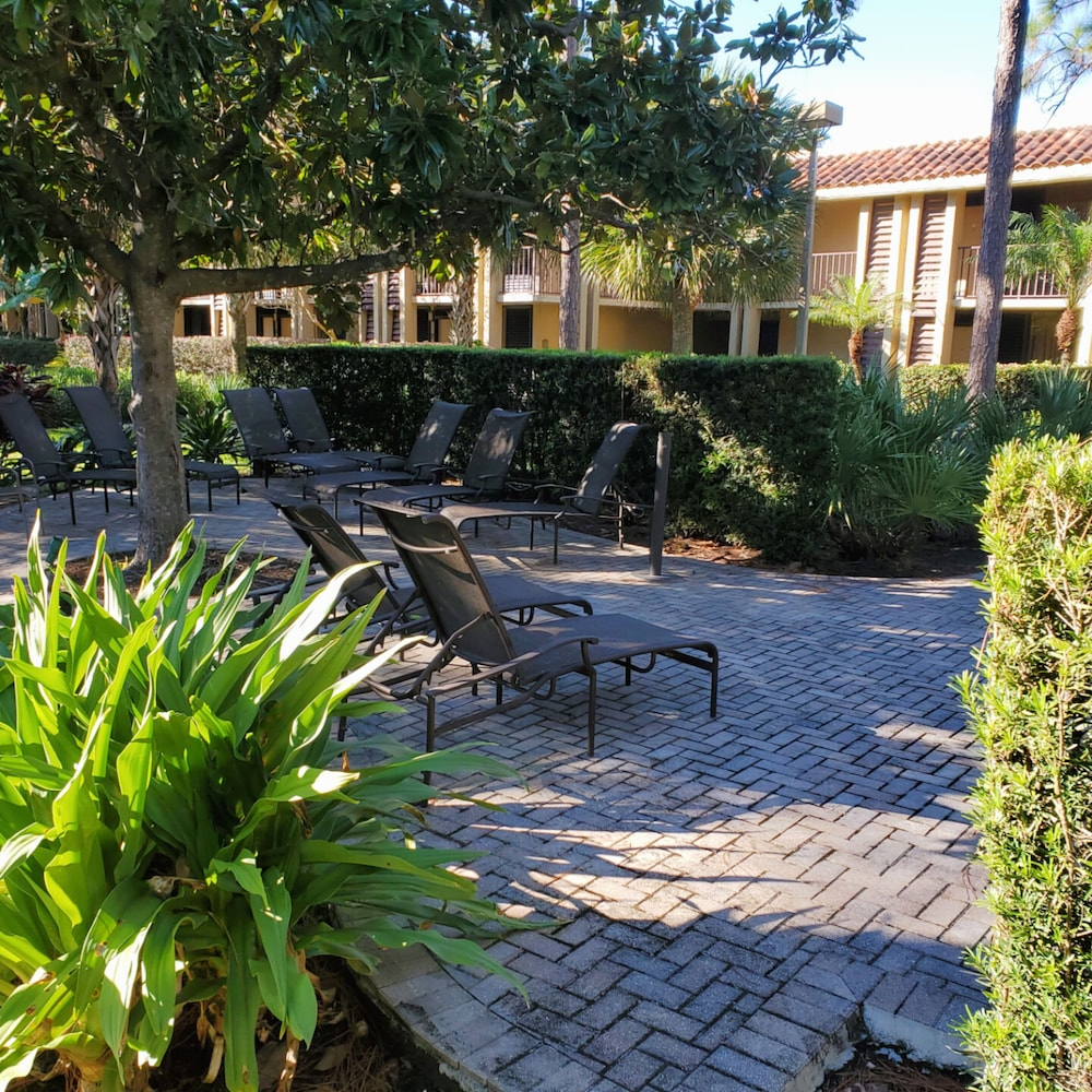Garden View, DoubleTree by Hilton Hotel Orlando at SeaWorld