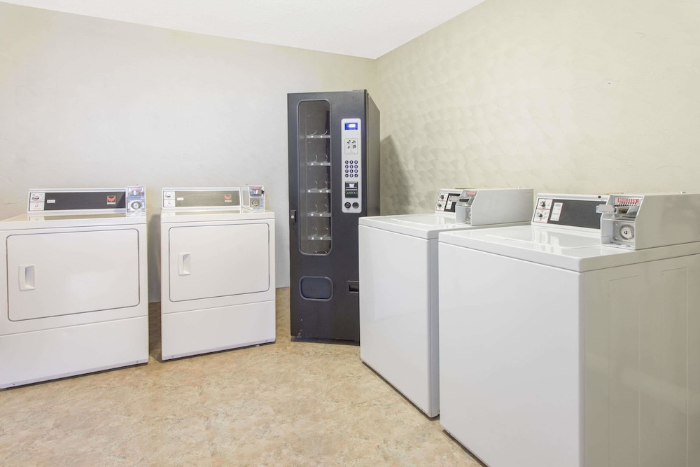 Laundry Room, Days Inn by Wyndham Myrtle Beach