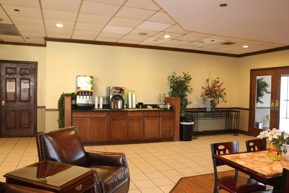 Lobby, Econo Lodge Inn & Suites
