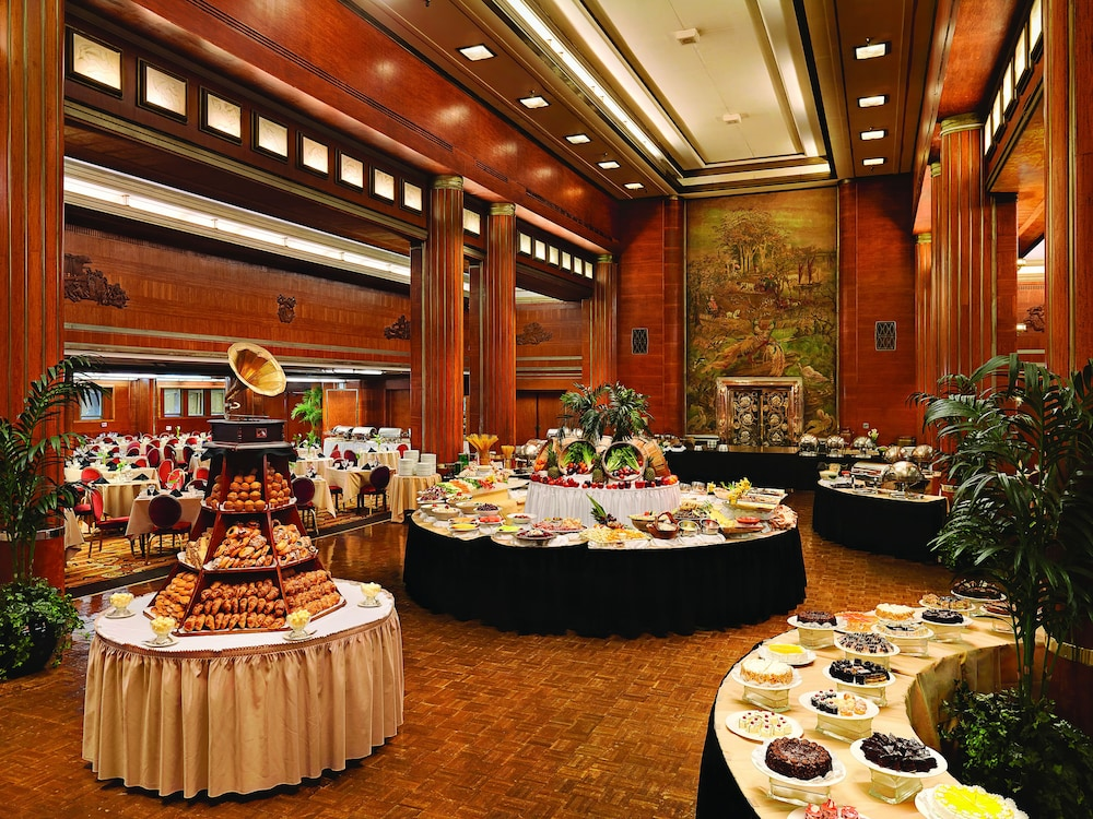 Buffet, The Queen Mary