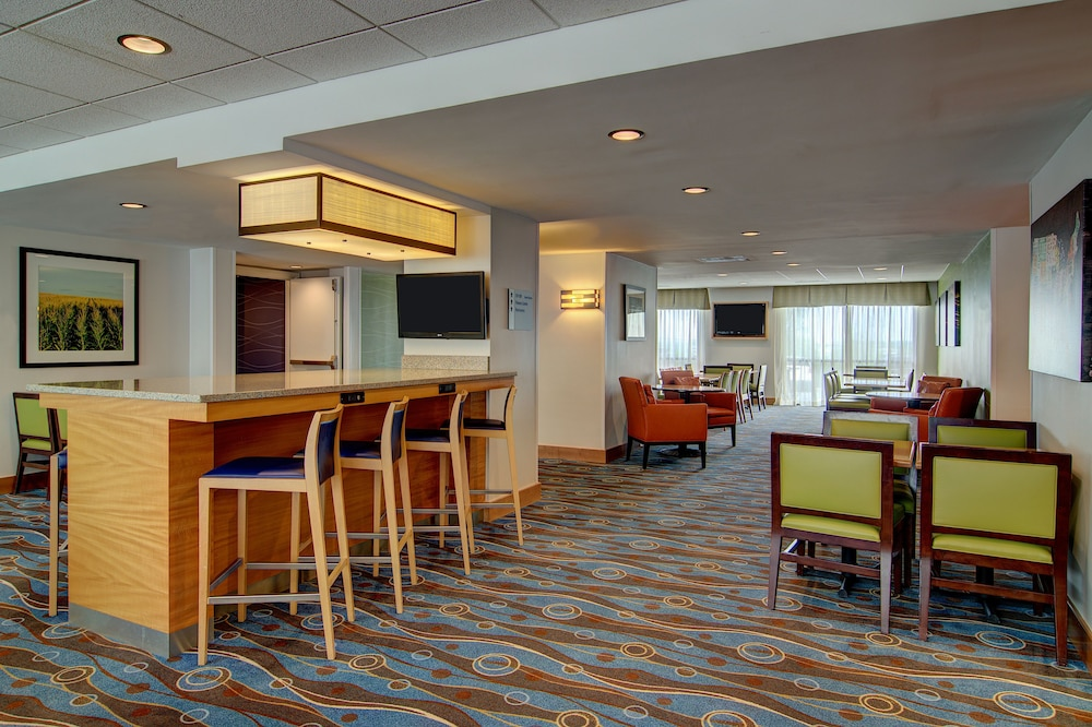 Breakfast Meal, Holiday Inn Express Hotel & Suites Germantown-Gaithersburg