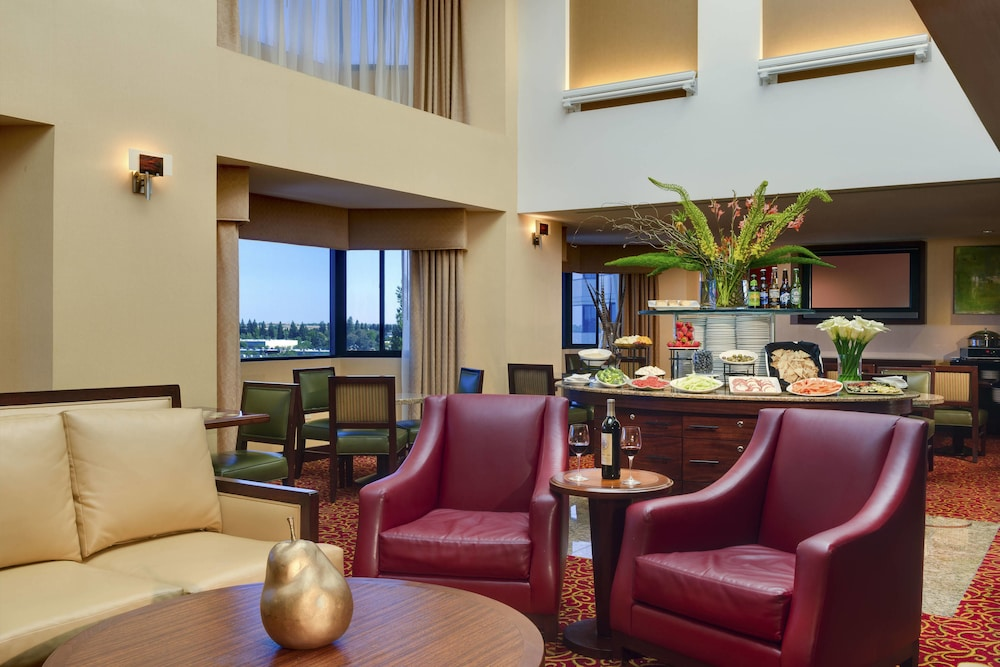 Executive Lounge, Sacramento Marriott Rancho Cordova
