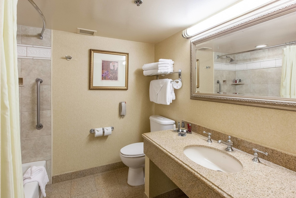 Bathroom, Sacramento Marriott Rancho Cordova