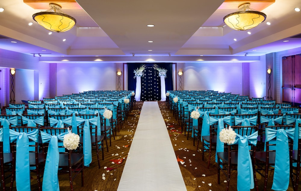 Indoor Wedding, Sacramento Marriott Rancho Cordova
