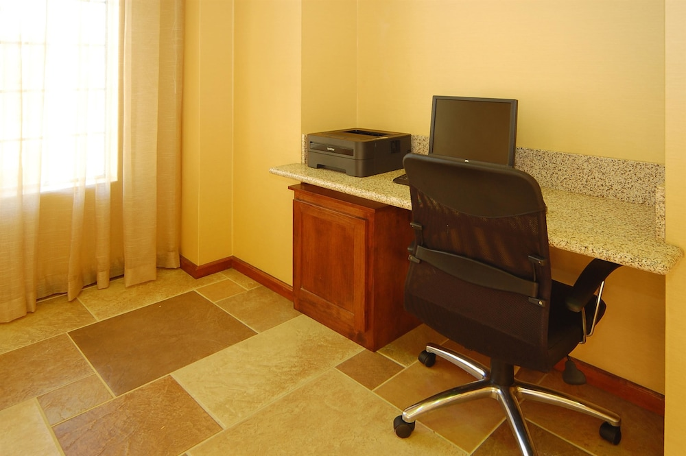 Business Center, Best Western Palm Court Inn