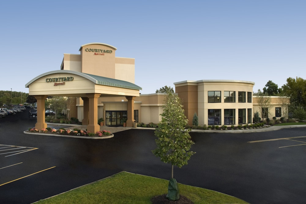 Image result for courtyard marriott belden village