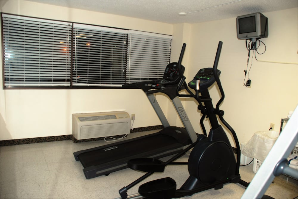 Fitness Facility, Riverview Inn