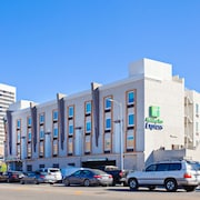 Holiday Inn Express West Los Angeles, an IHG Hotel