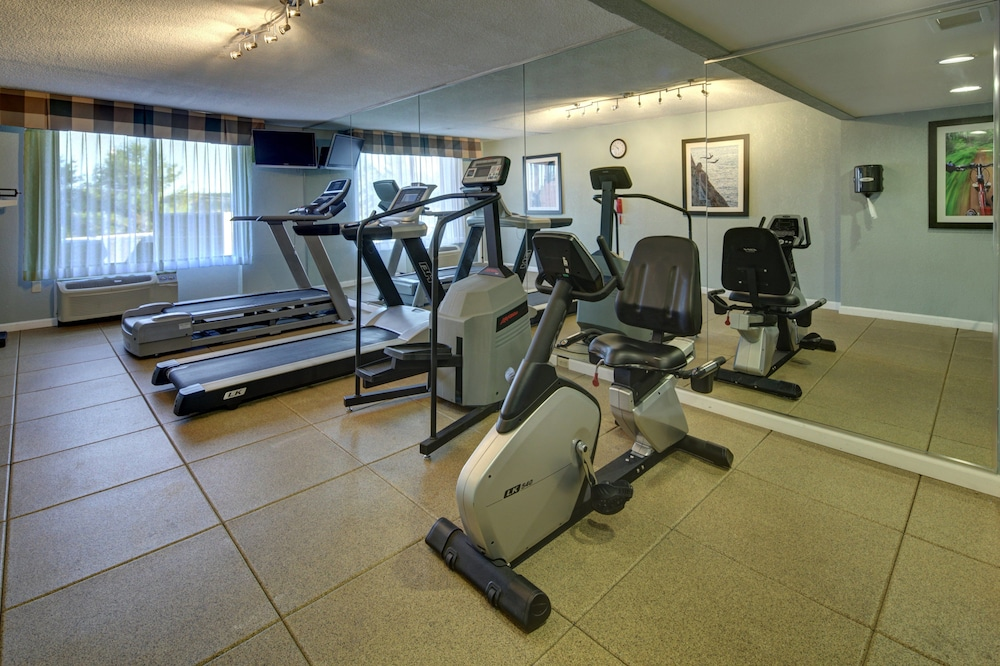Fitness Facility, Holiday Inn Staunton Conference Center