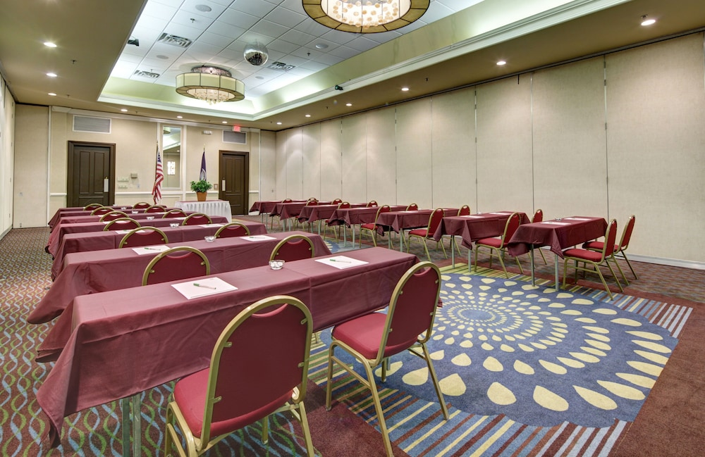 Meeting Facility, Holiday Inn Staunton Conference Center